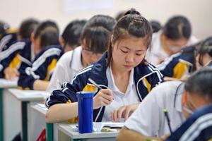 甘肃2019年高考报名人数266807 共设7604个考场