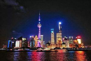 """中国""""夜经济""""消费图景:夜幕降临 生活才刚开始"""