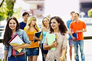 解惑:国际学校高昂学费花得值吗?