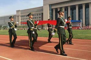 27所军队院校如何招生 国防部发言人给答案