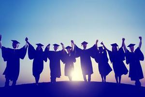 英国大学成绩通胀 一等学位比例增长80%