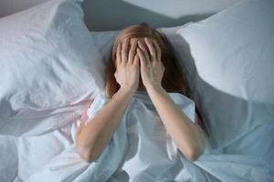 暑期报复性熬夜 不少大学出现睡眠障碍