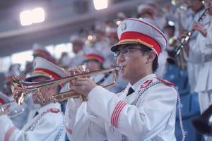 历史最悠久 开学典礼上清华的这支军乐队亮了
