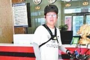 武汉男孩送自己独特高中毕业礼 25天骑行1400公里