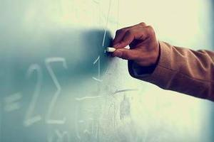新疆2019年高考招生录取结束 录取率83.18%