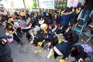 海外趣闻:韩国高考 复读生超四分之一
