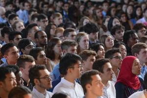 耶鲁大学校长2019开学演讲:好奇心是通往未来的钥匙