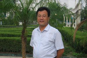 正能量教师:济南市钢城区里辛第一中学教师宓新源