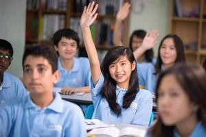 就读国际学校除了学费 还会有哪些花费?
