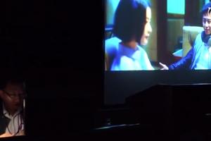 """老师不用任何高科技让50名视障学生""""看懂""""电影"""