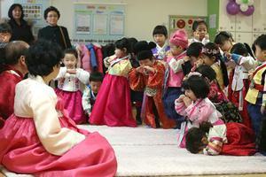 国际教师教学调查发现韩国教师队伍趋于老龄化
