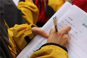 国际高中写作加试:走好这五步就可以成功