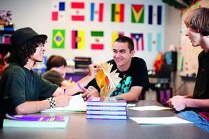 国际大发棋牌app学校 如何看待高考改革及和高考的关系