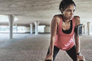 BBC今日短语:Sweat it out 做高强度的运动锻炼