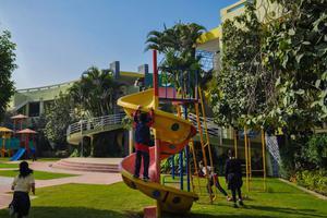 国际幼儿园:怎样和孩子沟通幼儿园发生的事情