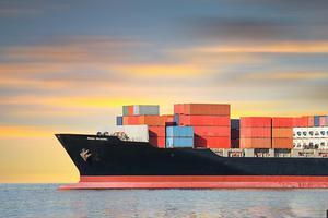 "BBC媒体英语:应对气候变化 船舶限速益处 ""巨大"""
