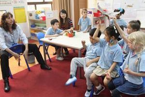 国际大发棋牌app学校 的普通班与国际班孩子怎么选
