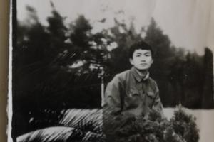 安徽岳西理科状元失踪34年 八旬老父全网寻找
