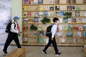 优信彩票北京 中优信彩票小学 今迎优信彩票学生 返校 期末考试多样暑假照常放