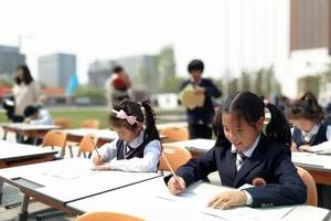 公办学校学生转入到国际学校 如何尽快适应?