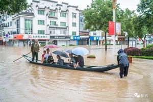 多图直击现场:洪水退去后的安徽歙县补考