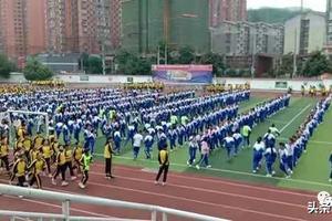 积极推进高校在招生测试中增设体育项目