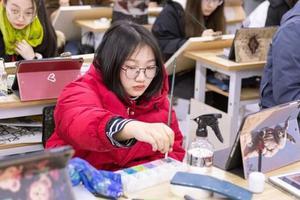 教育部:普通高校专业不得规定男女生录取比例