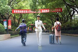 今年27所軍隊院校計劃招收普通高中畢業生1.3萬余人