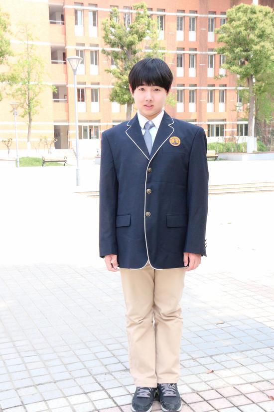南外仙林国际高中中美班的戴昊洋