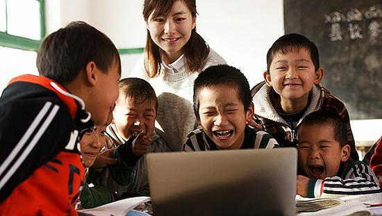 浙江试点城乡同步上课 乡村学校可享城镇教育资源