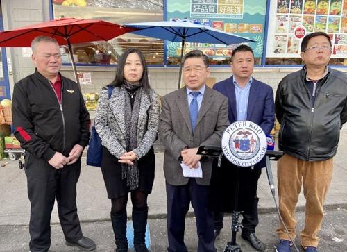 纽约华社呼吁华人不要听信谣言、不要传播谣言。(美国《世界日报》/朱蕾 摄)