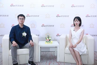 (左一)河小象联合创始人兼COO蒋庆雨