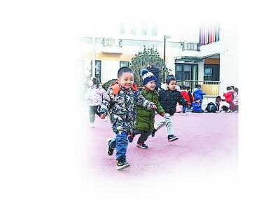 清悅幼兒園戶外活動。