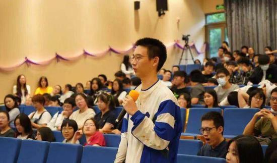 三年磨一剑 万科在上海办的德英乐国际高中到底有何不同