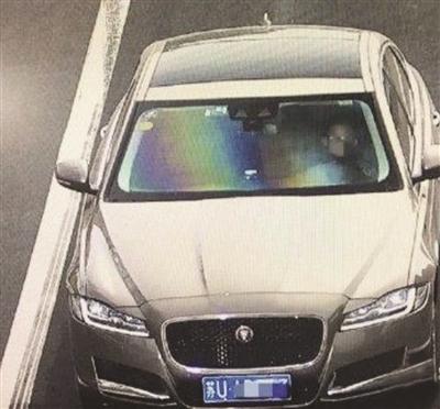 10岁男孩被教训后偷开爸爸车 高速上行驶250公里