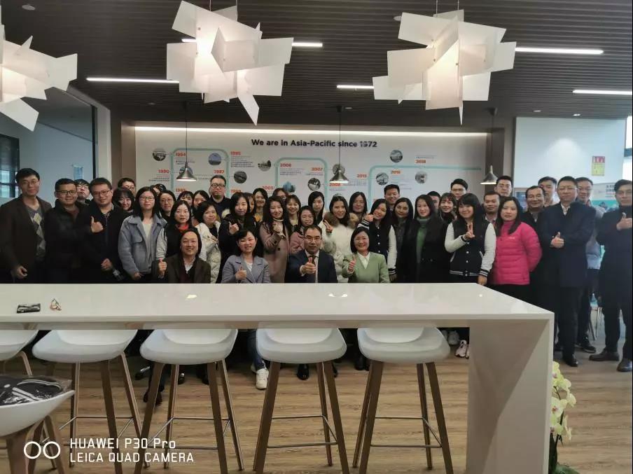 上大MBA走进世界五百强企业——圣戈班集团