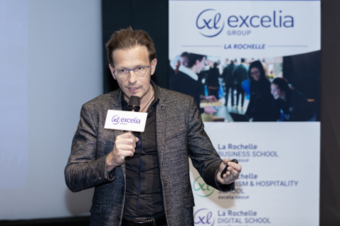 图注:Excelia集团副校长Maxime Gambini先生