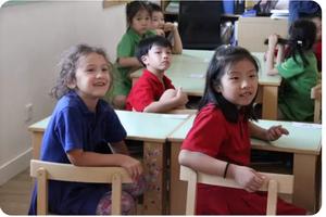 担心孩子在双语学校一门语言也不精?你该看这个