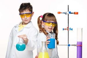 美国孩子们为什么喜欢用实验去检验真理