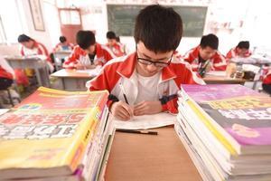 高三学生课堂:关键时刻学习效率的提高