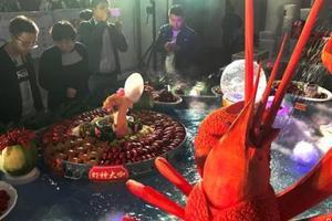 活煮龙虾残忍?澳拟效仿瑞士立法禁止虐待龙虾