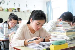 清华教授王文湛:今后高考的区分度主要在语文