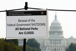 美国共和党同意处理民主党关注的移民问题