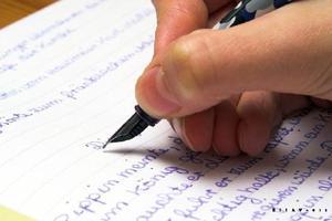 英语四六级作文写作万能模板句