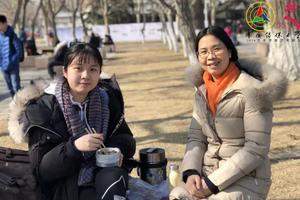 2018中传艺考 多数考生家长陪考(图)