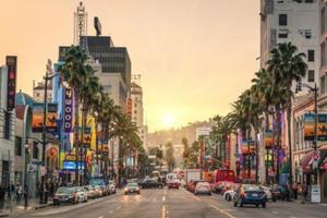 美洛杉矶一白人公然用歧视字眼 华裔吁勇敢制止