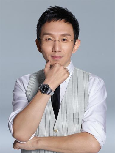 胡伟航先生: 北京因私出入境中介机构协会副会长