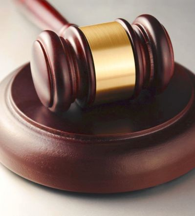 女硕士笔试面试第一被拒录 向法院起诉被劝撤诉