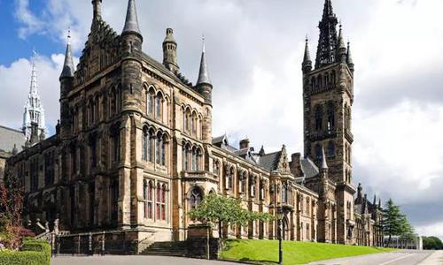 中英大学教育理念的分水岭从第一节课开始