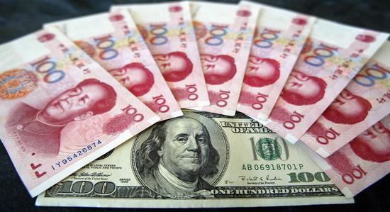 双语美文:钱不是万能的 但却是必要的(图)